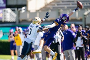 <strong>Navy Midshipmen cornerback Cameron Kinley (3) contributes as East Carolina&rsquo;s Blake Proehl (11) misses a pass on Saturday, Oct. 17, 2020, in Greenville, N.C.</strong> (Jacob Kupferman/AP)