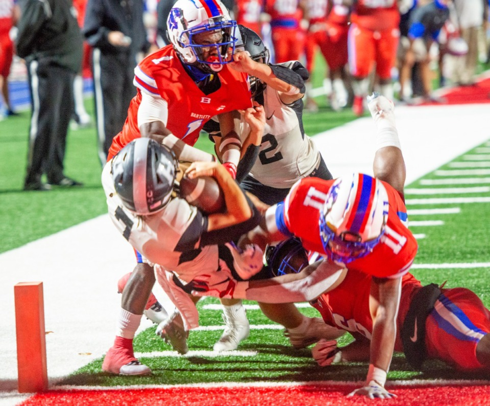 <strong>Houston High School's Will Stegall crosses the goal line for a third-quarter touchdown in the district playoff game with Bartlett High School Saturday, Nov. 14, 2020.</strong> (Greg Campbell/Special to The Daily Memphian)