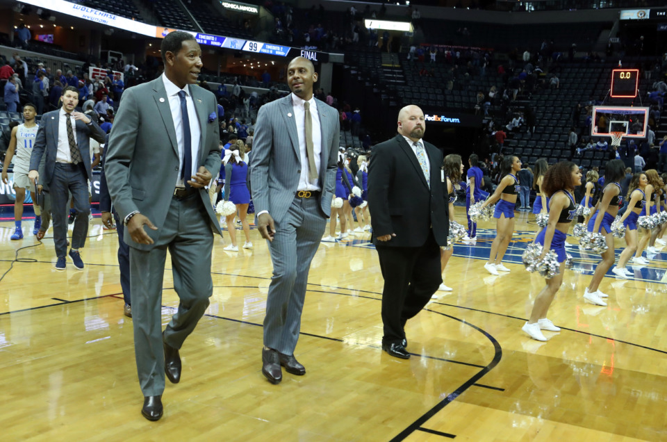 "<strong>Happy University of Memphis coach Penny Hardaway walks off the court Saturday after Memphis defeated Tennessee State&nbsp;</strong><span class=""s1""><strong>at FedExForum in Memphis on Saturday, Dec. 22, 2018. </strong>(Karen Pulfer Focht/Special to The Daily Memphian)</span>"