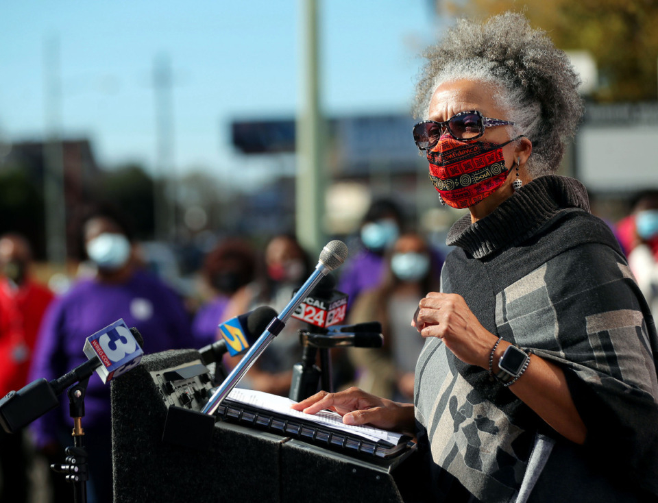 <strong>Family Safety Center board member Regina Walker speaks during a Nov. 17 press conference bringing awareness to the 17 people who lost their lives to domestic violence so far this year.</strong> (Patrick Lantrip/Daily Memphian)