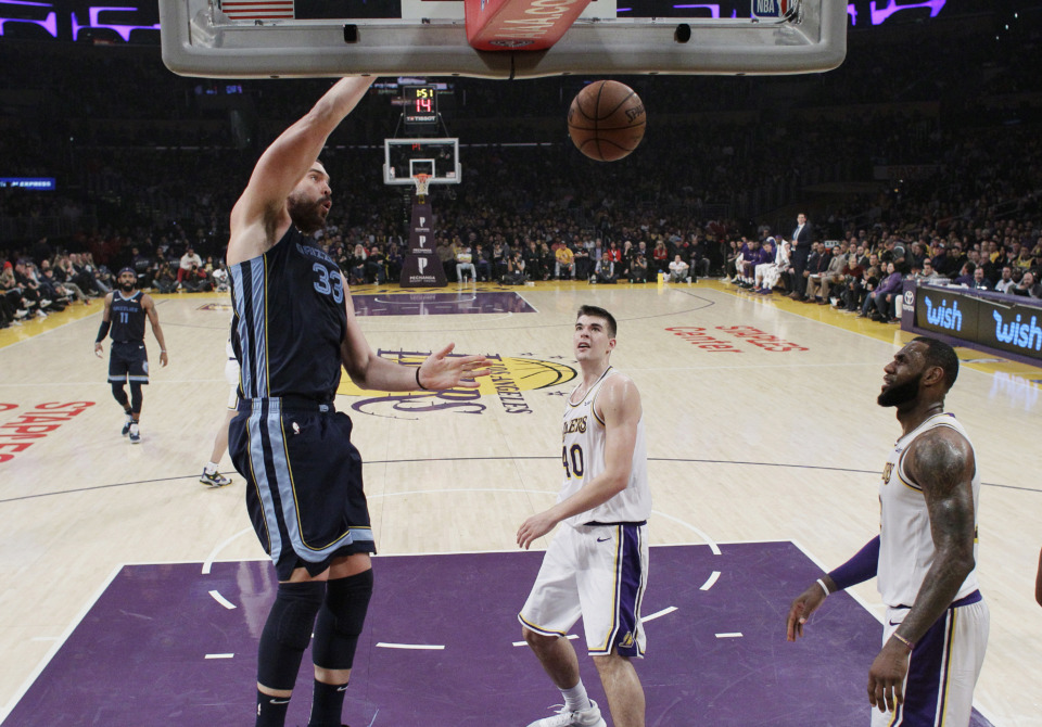 2732d1204 Grizzlies end 5-game skid by beating Lakers 107-99 - The Daily Memphian