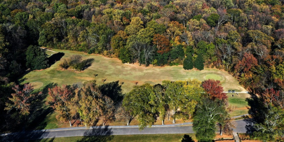<strong>Fall colors surround the fifth hole of the Overton Park golf course on Thursday, Nov. 19.</strong> (Patrick Lantrip/Daily Memphian)