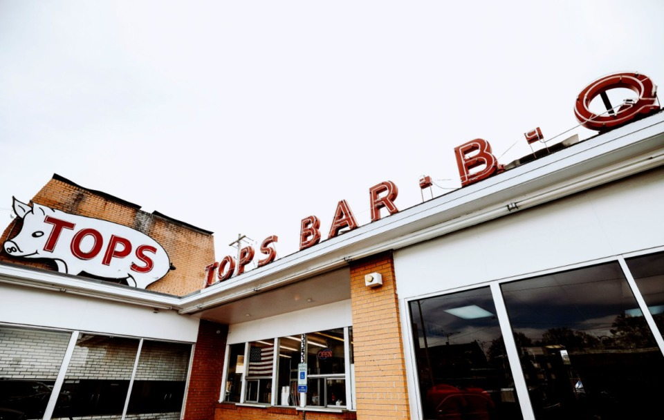 <strong>Tops Bar-B-Q is among the restaurants and related businesses that are included in Memphis Restaurant Association&rsquo;s recent letter to the Shelby County Health Department.&nbsp;</strong>(Houston Cofield/Daily Memphian file)