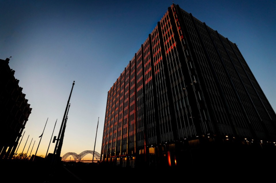 <strong>The Clifford Davis-Odell Horton Federal Building, illuminated by the evening sun on Thursday, Nov. 19. Davis, a former congressman, once was a member of the Klan and also a longtime segregationist.</strong> (Mark Weber/Daily Memphian)