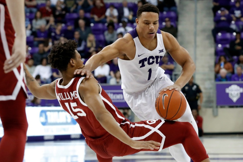 <strong>The Grizzlies signed TCU guard Desmond Bane (right, with ball), a first-round draft pick, last week.</strong> (Tony Gutierrez/AP)
