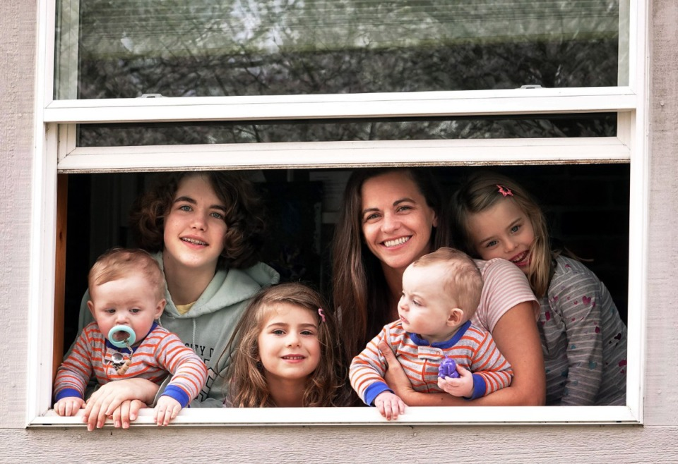 <strong>Single mother Buffy Langford and her five children were among those who quarantined themselves when Mayor Jim Strickland issued a shelter-at-home executive order back in March. Most people chafe under quarantine orders, though, which is perhaps one reason the CDC has reduced the suggested duration from 14 days to 7.</strong> (Karen Pulfer Focht/ Special to the Daily Memphian)