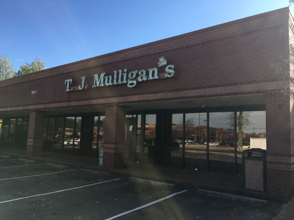 <strong>This location of T.J. Mulligan&rsquo;s on Trinity Road and the other Mulligan&rsquo;s location in Cordova, </strong><strong>were closed by the Health Department on Saturday, Dec. 5. </strong>(David Boyd/Daily Memphian)