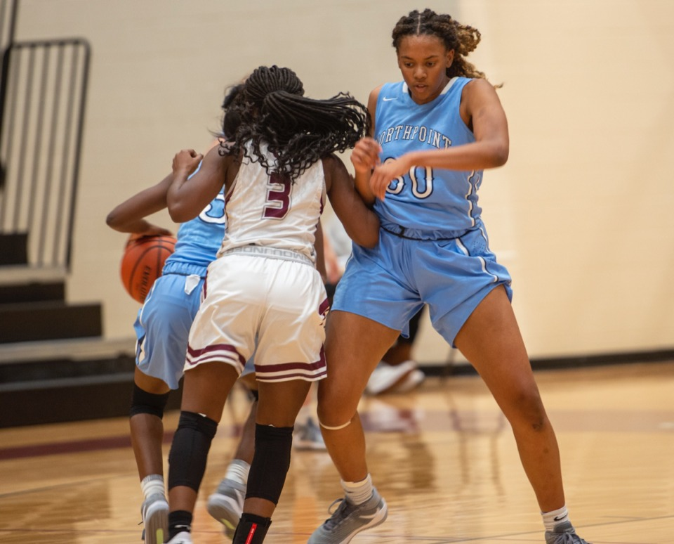 <strong>Northpoint forward Leah Jones sets a screen against Collierville High School's Anandi Farrell-Rousseau Tuesday, Dec. 8, 2020.</strong> (Greg Campbell/Special to The Daily Memphian)