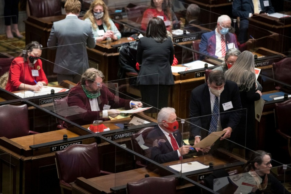<strong>Electors meet during Tennessee's 2020 Electoral College Monday, Dec. 14, 2020, in Nashville.</strong> (Andrew Nelles, The Tennessean/AP)