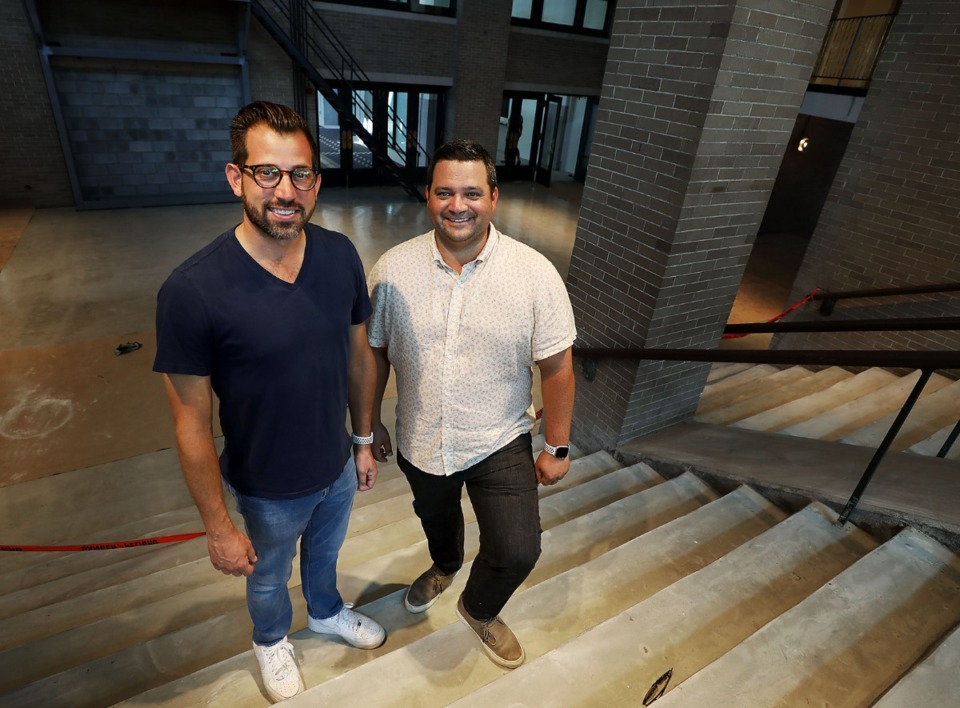 <strong>In September 2019, Andrew Ticer (left) and Michael Hudman stand in the Central Station hotel lobby Downtown, where they have a restaurant.&nbsp;They&rsquo;re teaming up with the Bartosch brothers at Wiseacre to open a pizza shack there.</strong> (Patrick Lantrip/Daily Memphian file)