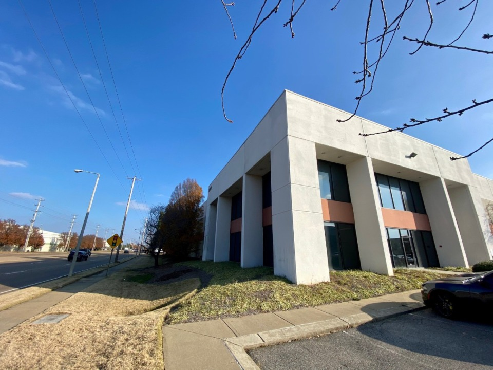 <strong>This building at 5841 E. Shelby Drive is one of 28 industrial properties Faropoint sold for $86 million total.</strong> (Tom Bailey/Daily Memphian)