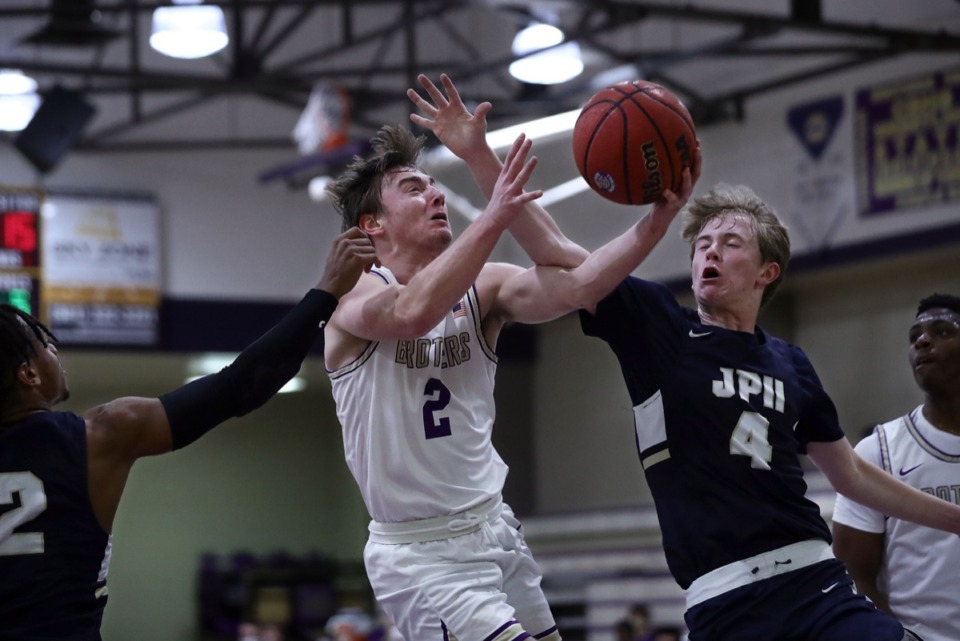 <strong>CBHS guard Eli Federman (2) goes up for a shot against against Pope John Paul II on Dec. 18.</strong> (Patrick Lantrip/Daily Memphian)