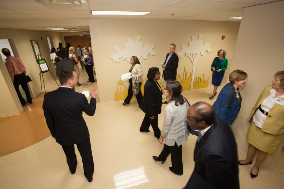 <strong>Baptist Memorial Hospital for Women staff and visitors tour the Universal Parenting Place there. The ACE Awareness Foundation and its four Universal Parenting Places in Memphis, including the one at Baptist, will close in March.</strong> (Daily Memphian file)&nbsp;