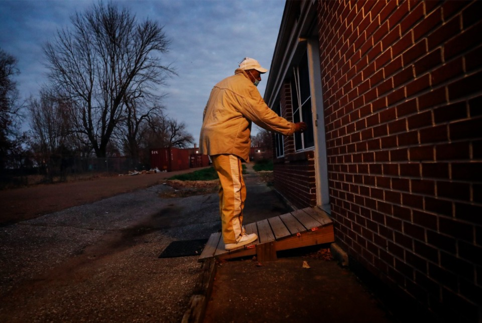 <strong>Marine Corps veteran Anton Siggers enters his Alpha Omega Veterans Services&rsquo; townhouse on Monday, Dec. 28, 2020. Siggers shares the townhome with two roommates.</strong> (Mark Weber/The Daily Memphian)