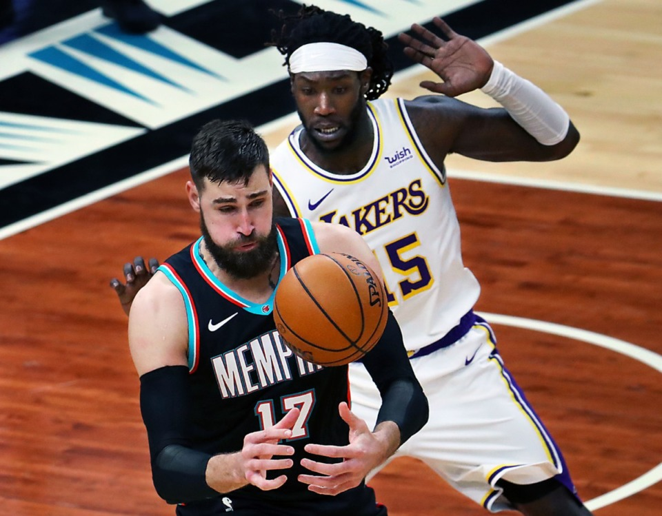 <strong>Memphis Grizzlies center Jonas Valanciunas (17) fights for a loose rebound during a Jan. 3, 2021 game against the Los Angeles Lakers at the FedExForum.</strong> (Patrick Lantrip/Daily Memphian)