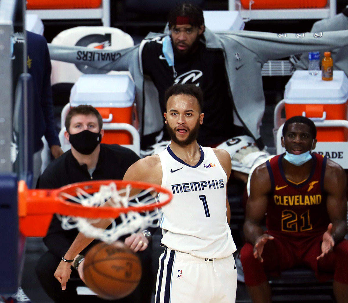 <strong>Grizzlies forward Kyle Anderson (1) watches his three-pointer sink on Jan. 7, 2021, against the Cleveland Cavaliers at FedExForum.</strong> (Patrick Lantrip/Daily Memphian)
