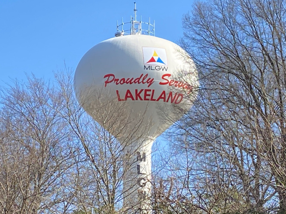 <strong>The color the Lakeland water tower was painted is a topic of discussion among some Lakeland officials.</strong> (Michael Waddell/Daily Memphian)