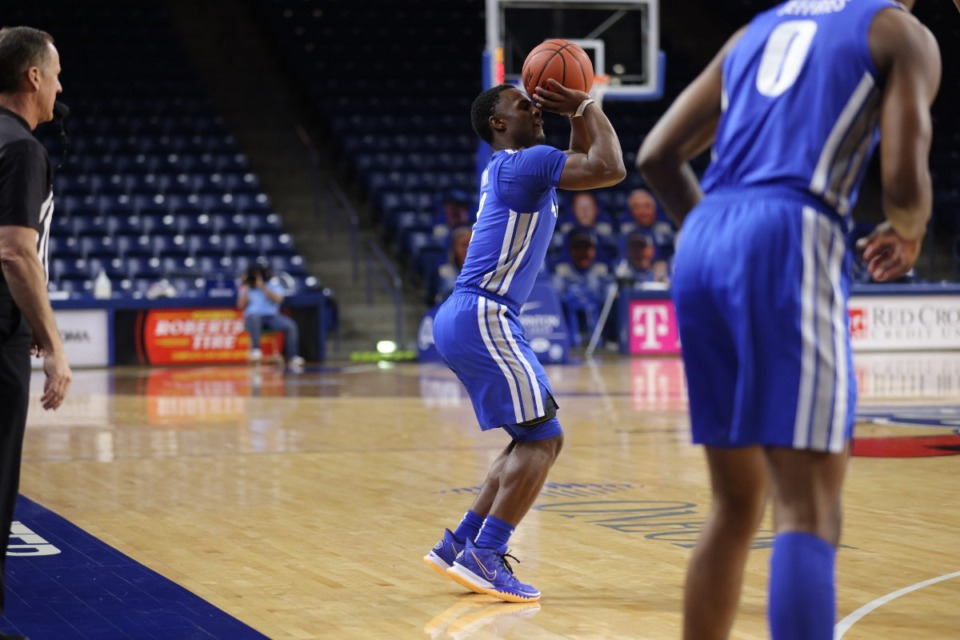 <strong>The University of Memphis&rsquo; Alex Lomax shoots during the Tigers&rsquo; game against the Golden Hurricane Sunday, Jan. 17, 2021 at Reynolds Center in Tulsa.</strong> (Bill Powell/University of Tulsa)