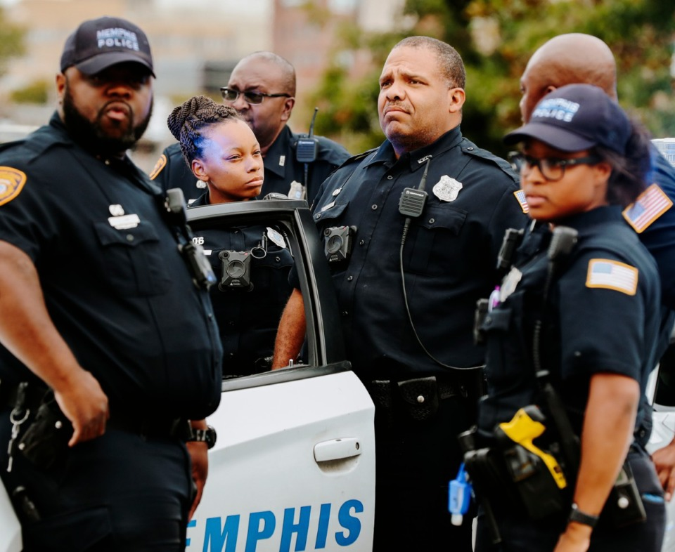 <strong>Memphis police officers block off Jefferson on Sept. 26, 2018, as protesters stand in front of the Memphis Police Association to hold a press conference on the shooting of Martavious Banks.</strong> (Daily Memphian file)
