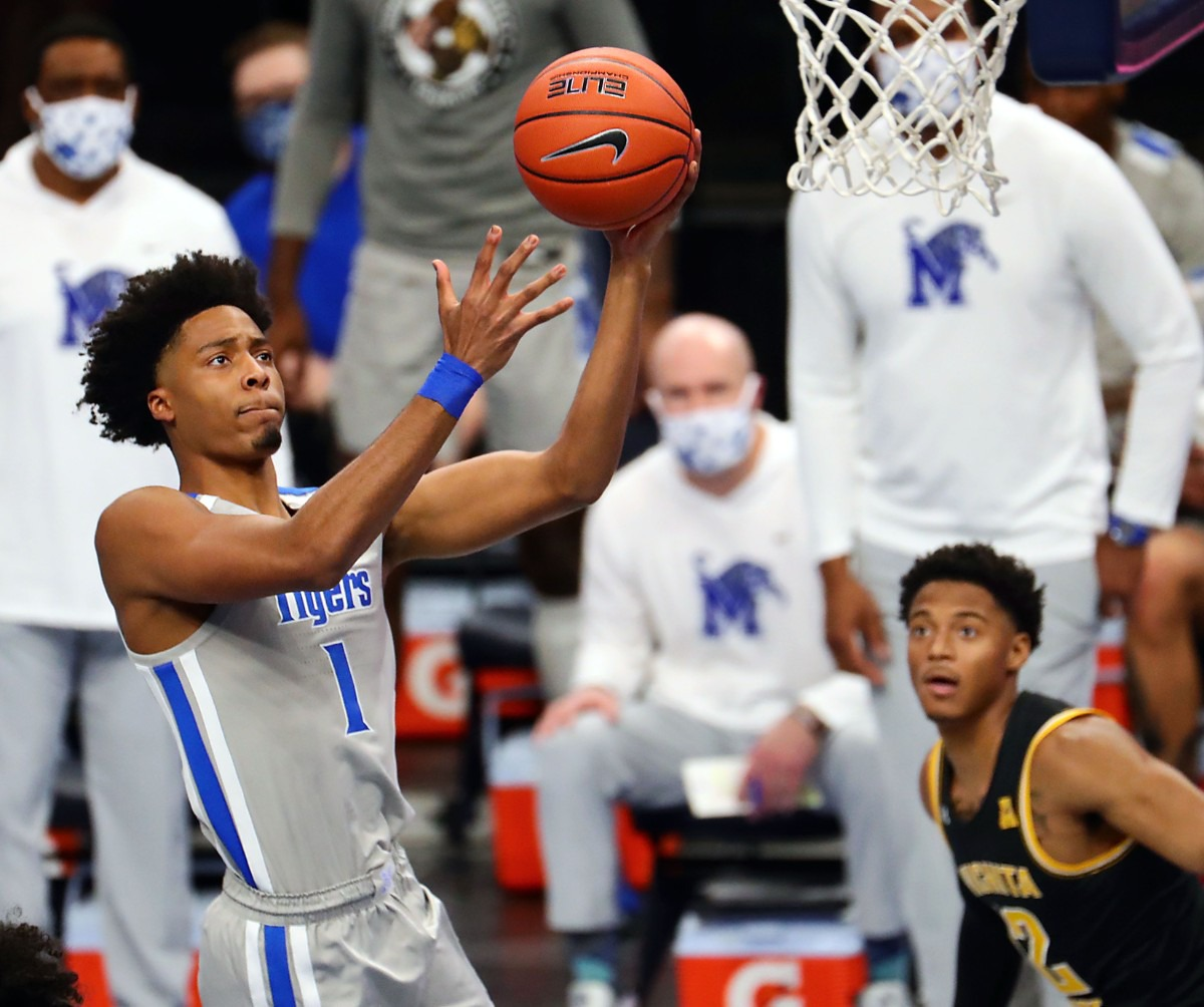 <strong>University of Memphis guard Jayden Hardaway (1) goes up for a layup during the Jan. 21, 2021, game against the Wichita State Shockers at FedExForum.</strong> (Patrick Lantrip/Daily Memphian)