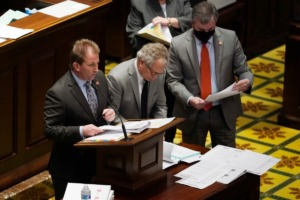<strong>Rep. William Lamberth, R-Portland, left, introduces a bill during a special session on education on Thursday, Jan. 21, 2021, in Nashville.&nbsp;The brief four-day special session sparked various conflicts inside the Republican-dominant Statehouse over the best measures to help struggling teachers and students amid the coronavirus outbreak.</strong> (Mark Humphrey/AP)