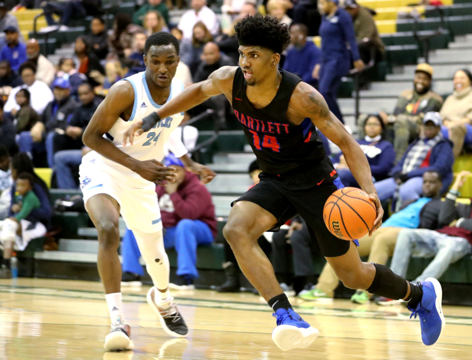 <strong>Ole Miss signee Antavion Collum is one of 12 seniors hoping to lead Bartlett to their first state championship since 2001.</strong> (Houston Cofield/Daily Memphian)