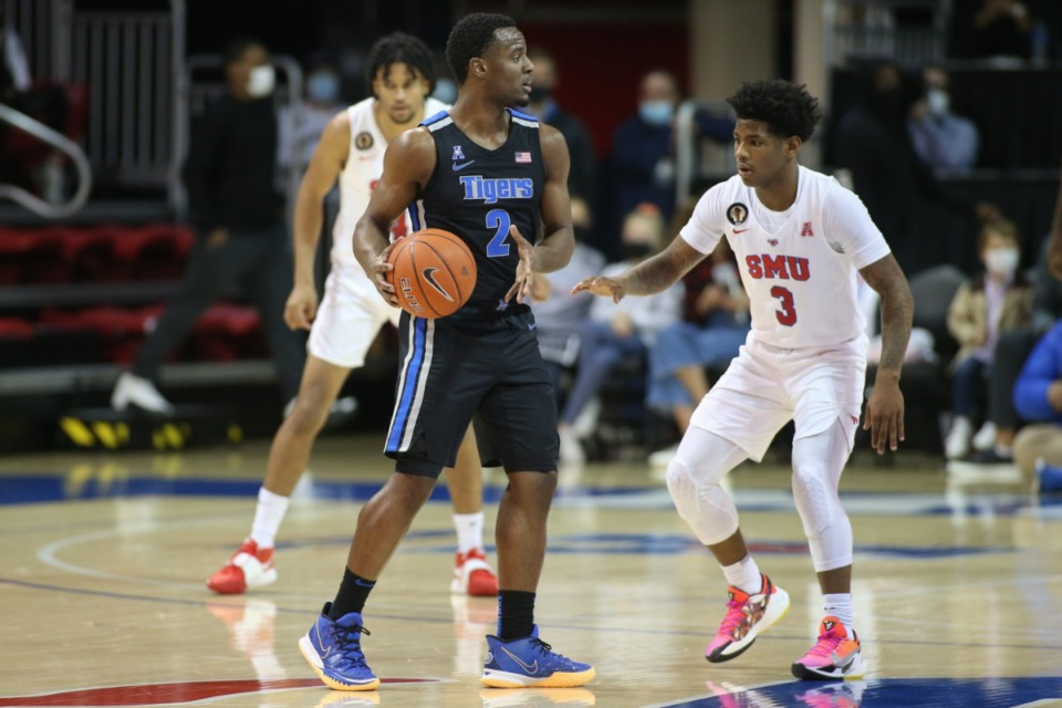 <strong>Alex Lomax brings the ball upcourt against SMU in Dallas on Jan. 28, 2021. </strong>(Courtesy University of Memphis)