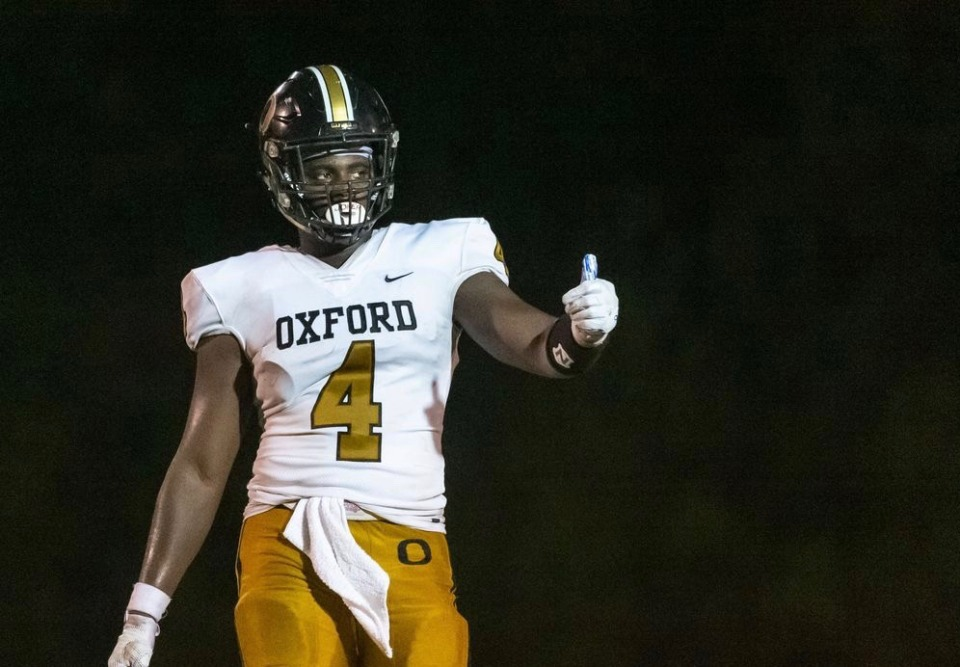 <strong>Oxford&rsquo;s Roc Taylor gets set during a game. His coach, Keith Etheredge, created a national stir when he called Tennessee &ldquo;bush league&rdquo; for revoking Taylor&rsquo;s offer Tuesday morning.</strong> (Vasha Hunt/Oxford High School)