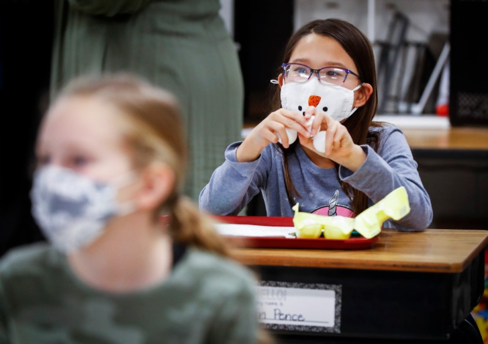 <strong>Mailan Pence uses ping-pong balls while learning Braille on Thursday, Feb. 4, at Tara Oaks Elementary.</strong> (Mark Weber/Daily Memphian)