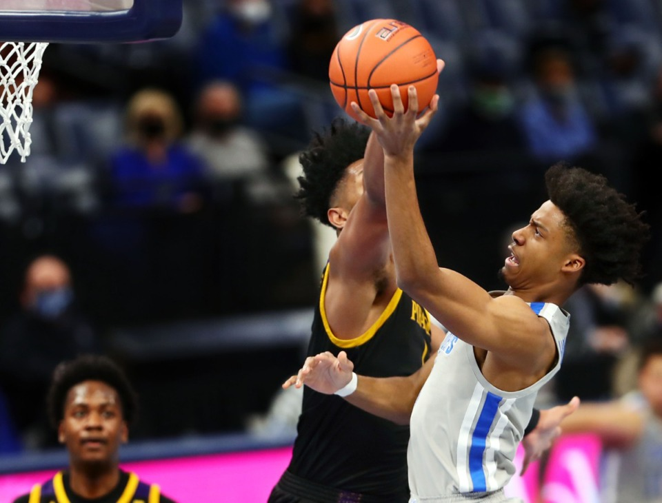 <strong>Memphis Tigers guard Jayden Hardaway (1) goes up for a layup during a Feb. 6, 2021 game against ECU at the FedExForum.</strong> (Patrick Lantrip/Daily Memphian)