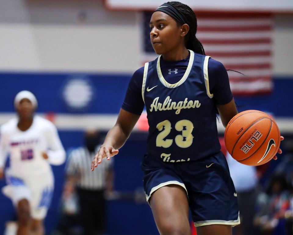<strong>Arlington High School guard Carmen Taylor (23) brings the ball up during a Jan. 15, 2021, game against Bartlett High School.</strong> (Patrick Lantrip/Daily Memphian)