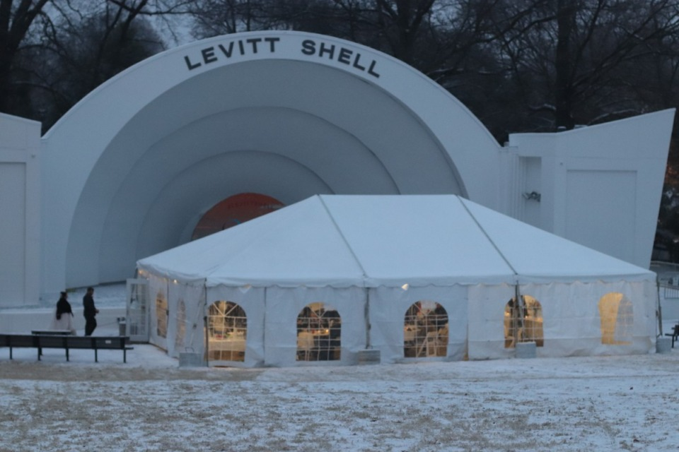 <strong>After a Valentine&rsquo;s Day wedding, Michael and Nettie Ciaramitaro enjoyed a reception with guests in a tent outside Levitt Shell.</strong> (Daja Henry/Daily Memphian)