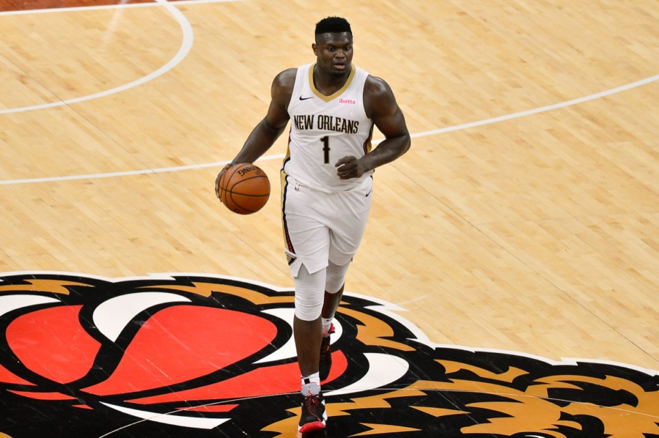 <strong>New Orleans Pelicans forward Zion Williamson (1) brings the ball upcourt against the Grizzlies on Feb. 16, 2021, at FedExForum.</strong> (Brandon Dill/AP)