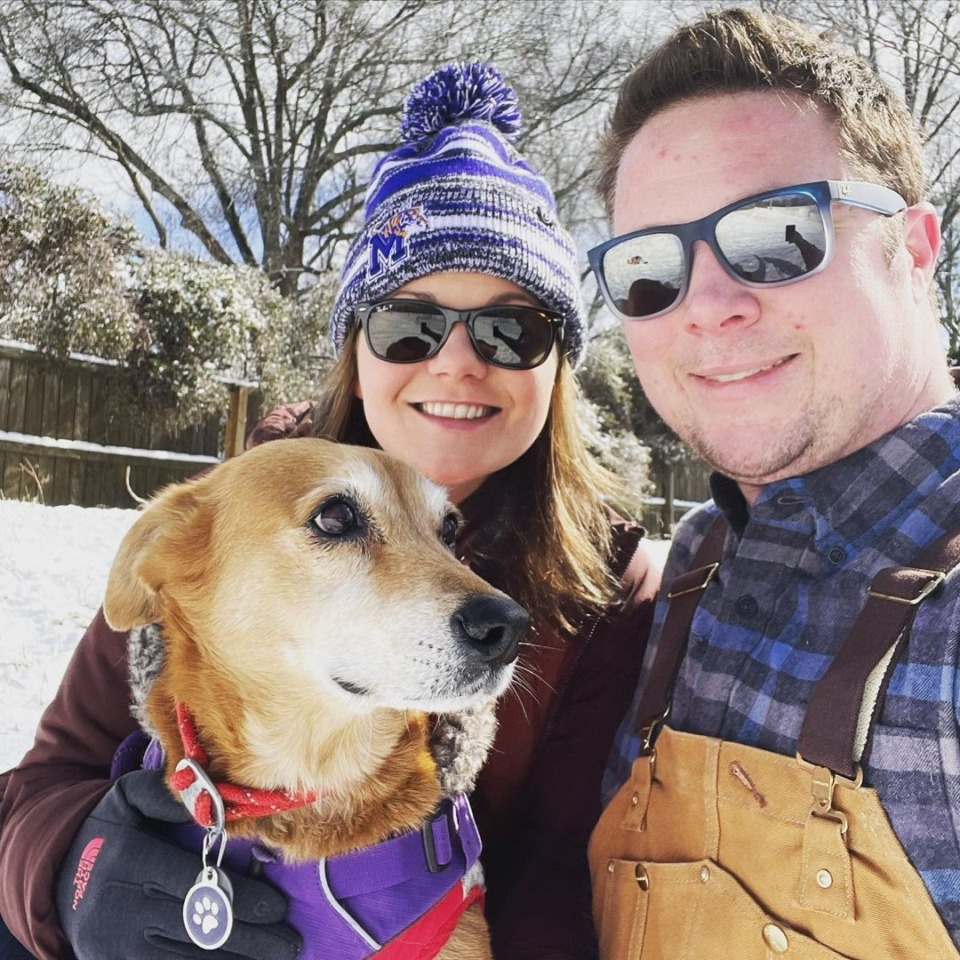 <strong>On their way to sled as a family, with the family pet Sadie.&nbsp;</strong>(Photo by @sadie.the.supermutt)