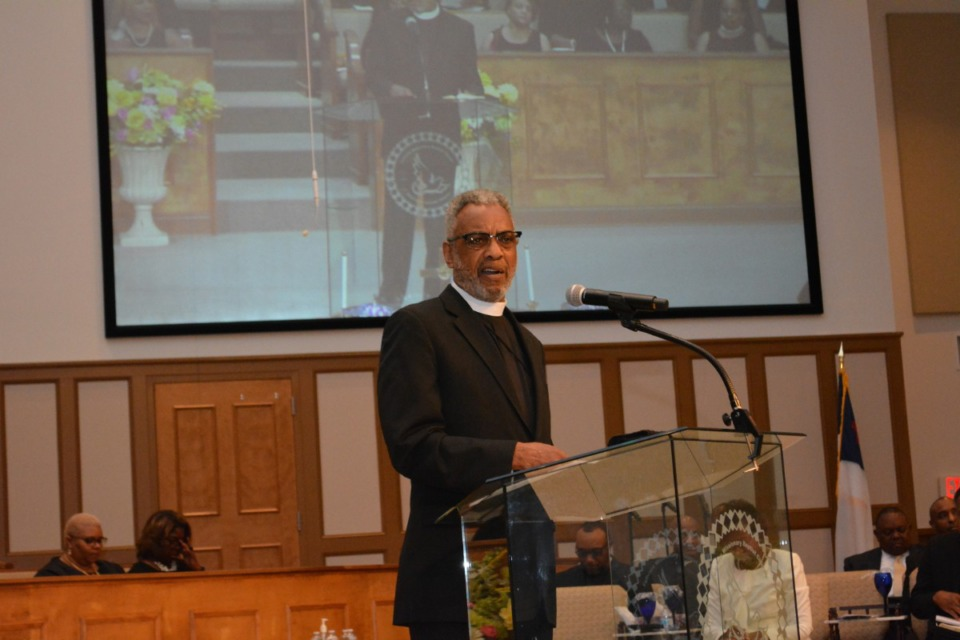 <strong>Rev. Walter Peggs led Fullview Baptist Missionary Church in Bartlett as senior pastor for more than 36 years. He died Friday, Feb. 12, at age 74.</strong> (Submitted)
