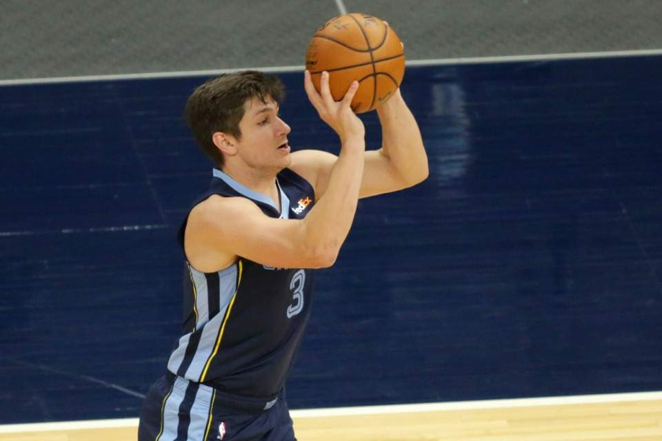 <strong>Grizzlies guard Grayson Allen, seen here on Dec. 12, 2020, scored 22 points against the Thunder Wednesday night at FedExForum.</strong> (Andy Clayton-King/AP file)