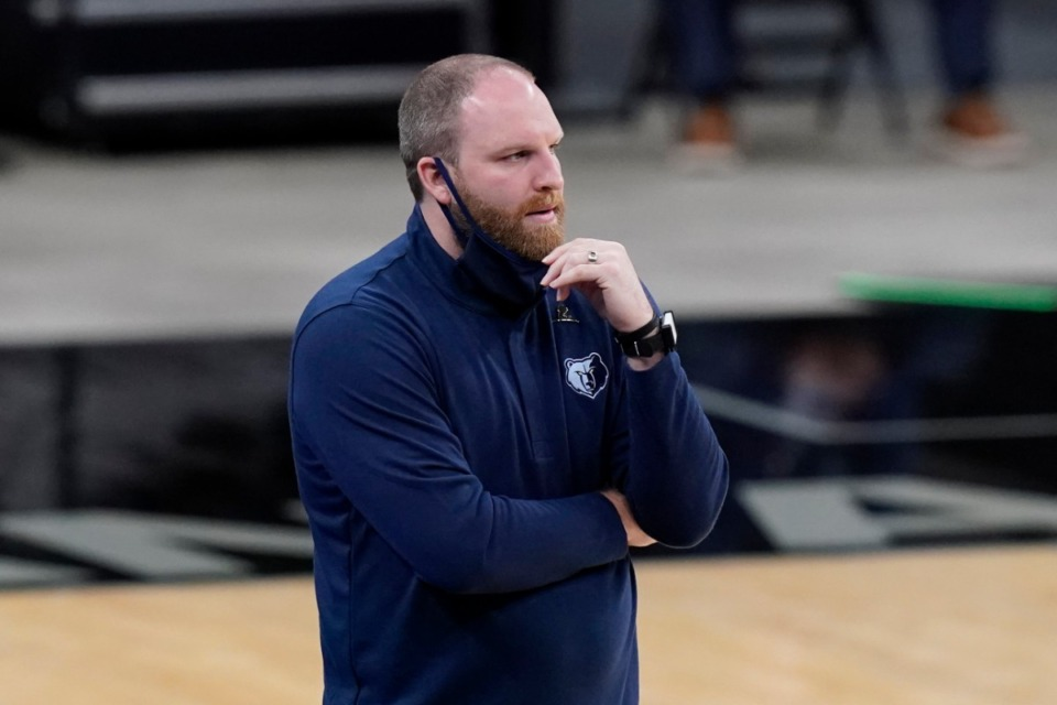 <strong>Memphis Grizzlies head coach Taylor Jenkins seen here Feb. 1, got ejected from the Grizzlies win over the Thunder Feb. 17.</strong> (Eric Gay/AP file)