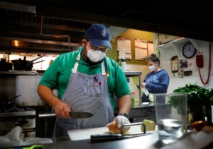 <strong>Ryan Trimm (left, in a file photo) said a lack of clear communication by MLGW and the Health Department confused restaurants trying to decide whether to open.</strong>&nbsp;(Mark Weber/Daily Memphian)