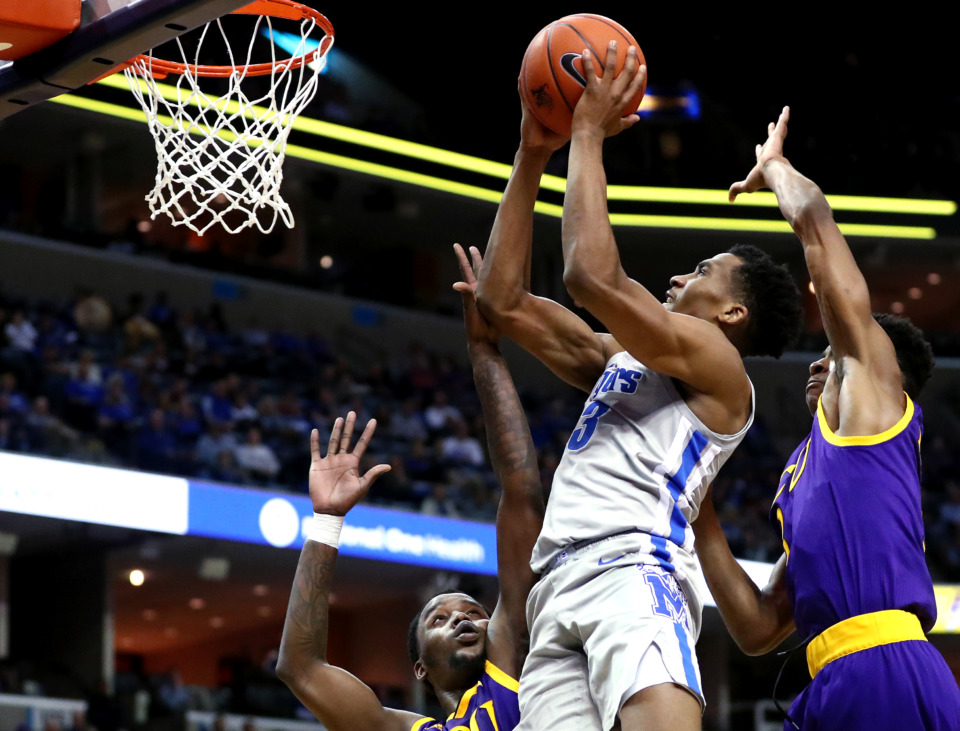 <strong>University of Memphis Tigers guard Jeremiah Martin (3) pulls up for a shot during a game against East Carolina University on Thursday, Jan. 10.&nbsp;</strong>(Houston Cofield/Daily Memphian)