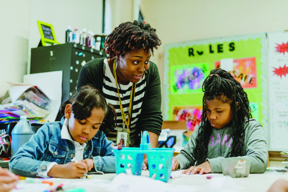 <strong>Iyeshia Haynes (in a file photo), a teacher at Cherokee Elementary, teaches her class about drawing and using colored markers in this file photo. SCS teachers are expected to return to the classroom this week.&nbsp;</strong> (Daily Memphian)<strong><br /></strong>
