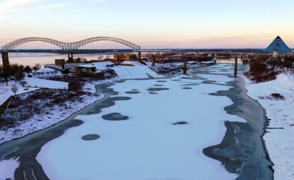 <strong>Frigid weather, so cold the Wolf River froze near its confluence with the Mississippi River, added to MLGW&rsquo;s water problems.</strong>&nbsp;(Patrick Lantrip/Daily Memphian)