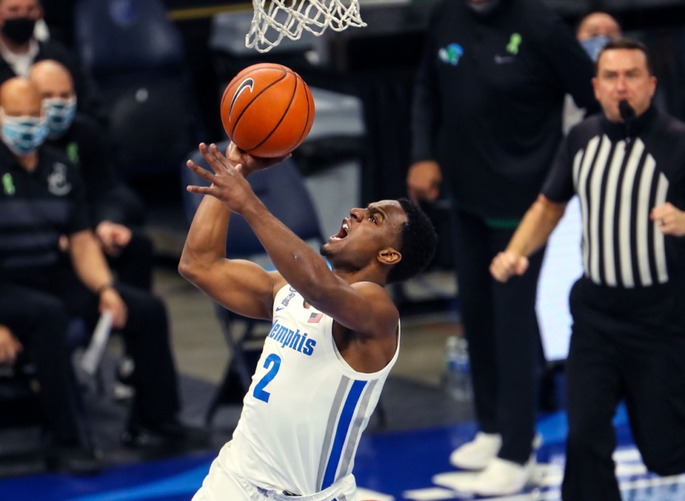 <strong>University of Memphis guard Alex Lomax (2) makes a layuip during the Feb. 24 game against Tulane.</strong> (Patrick Lantrip/Daily Memphian)