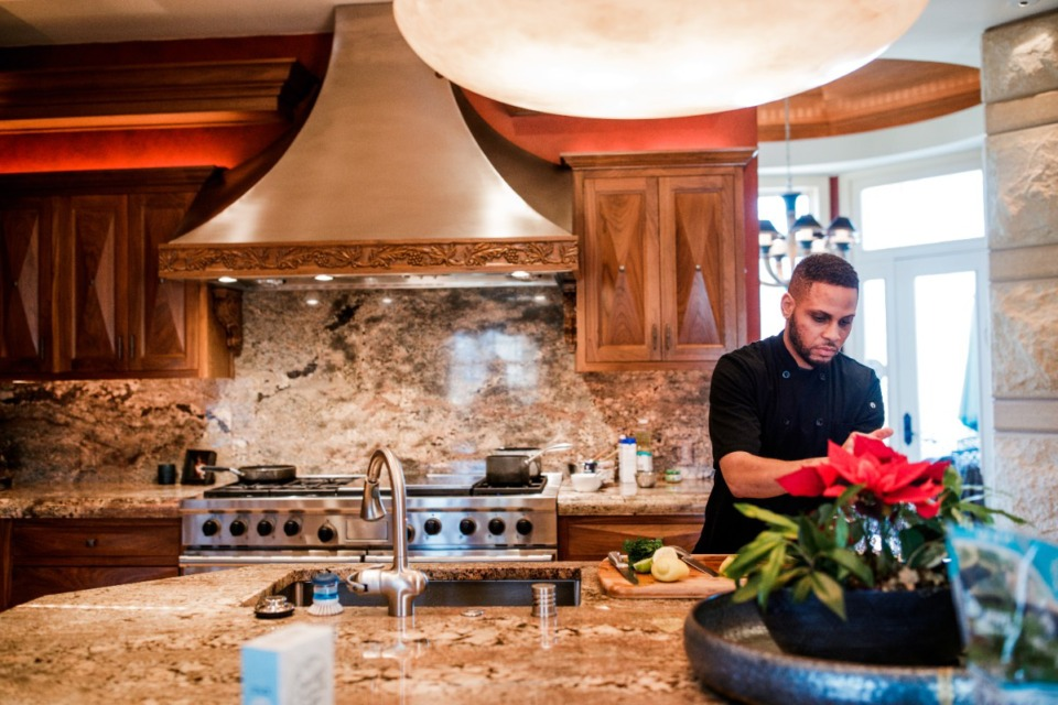 <strong>Desmond Robinson says he adapted readily to the &ldquo;Chopped&rdquo; studio kitchen. &ldquo;I have the ability to go into any kitchen space, not knowing what equipment you&rsquo;ll have, or what dietary requirements.&rdquo;&nbsp;</strong>(Submitted)