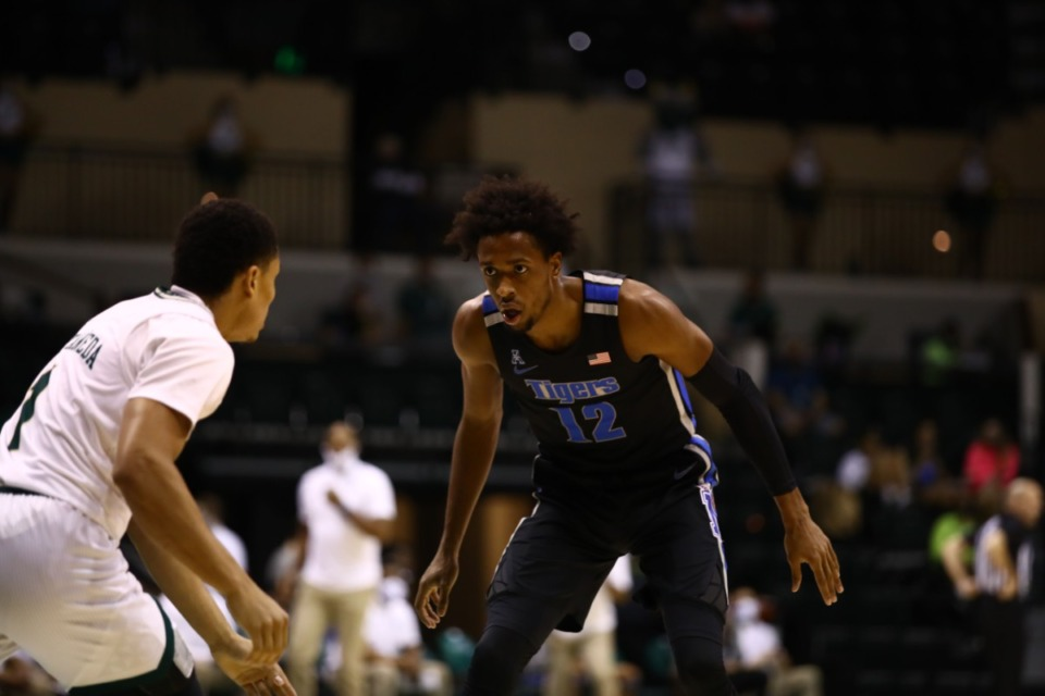 <strong>Memphis Tiger Deandre Williams covers his man in the game against USF on March 2, 2021.</strong> (Courtesy University of Memphis)
