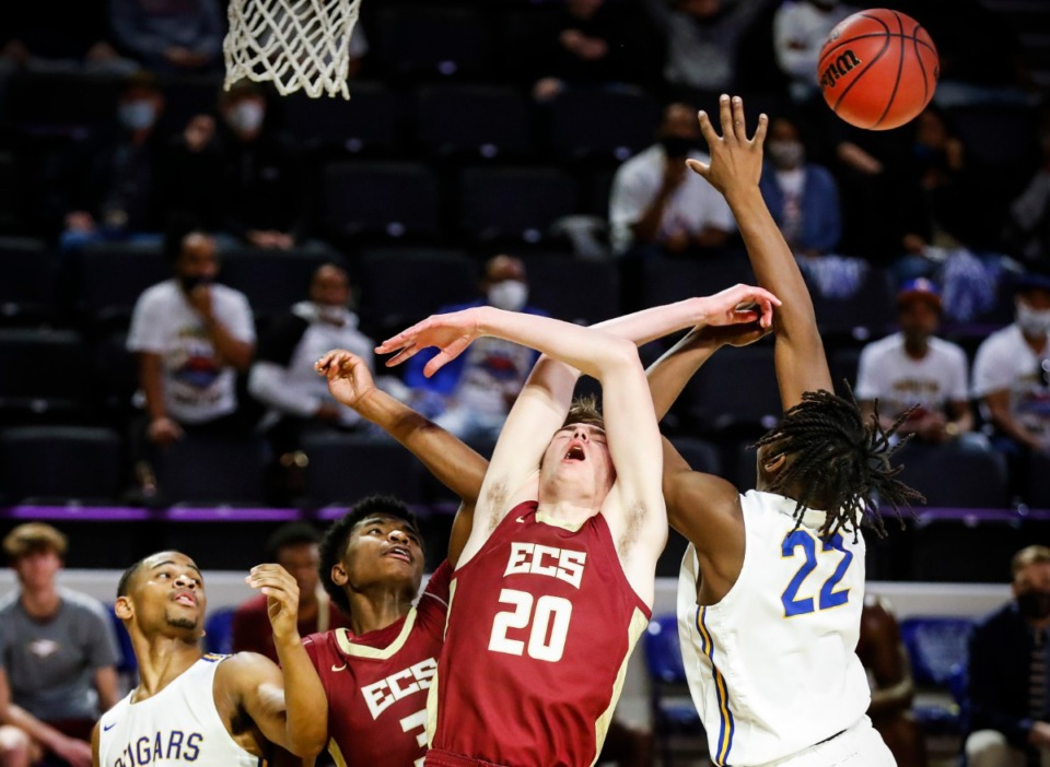 <strong>ECS forward William Webster (middle) loses a rebound to Goodpasture Christian in their Division II Class A semifinals game on Thursday, March 4, 2021, in Cookeville.</strong> (Mark Weber/The Daily Memphian)