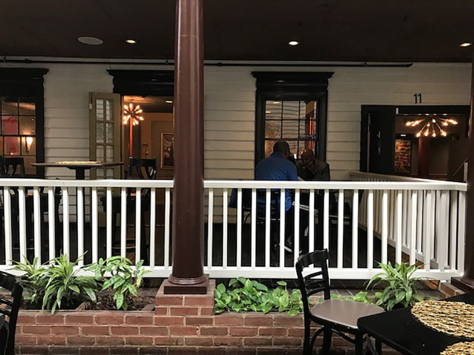 <strong>Mahogany Memphis occupies a spot in the middle of the central walkway of Chickasaw Oaks mall, with seating in two small dining rooms and a couple of tables on a &ldquo;front porch&rdquo; that overlooks pedestrian traffic.</strong> (Peggy Burch/Daily Memphian)