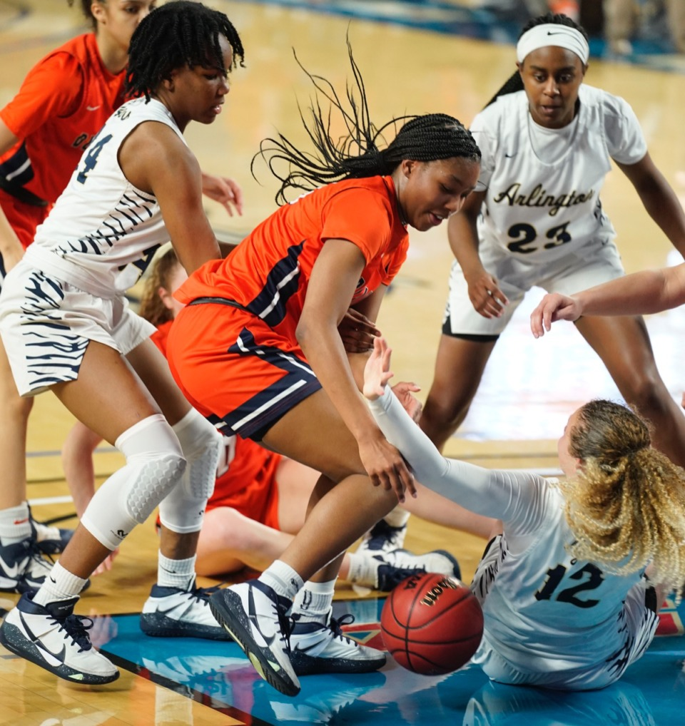 <strong>Blackman&rsquo;s Iyana Moore (23) and a host of Arlington players scramble for a loose ball</strong>&nbsp;<strong>on March 11 in Murfreesboro, Tennessee.&nbsp;</strong>(Larry McCormack/Special to The Daily Memphian.)