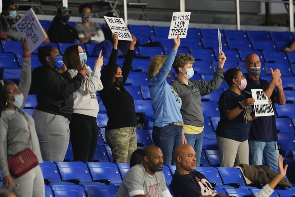 <strong>Arlington fans take to their feet as the Tigers play Blackman on March 11 in Murfreesboro, Tennessee.&nbsp;</strong>(Larry McCormack/Special to The Daily Memphian.)