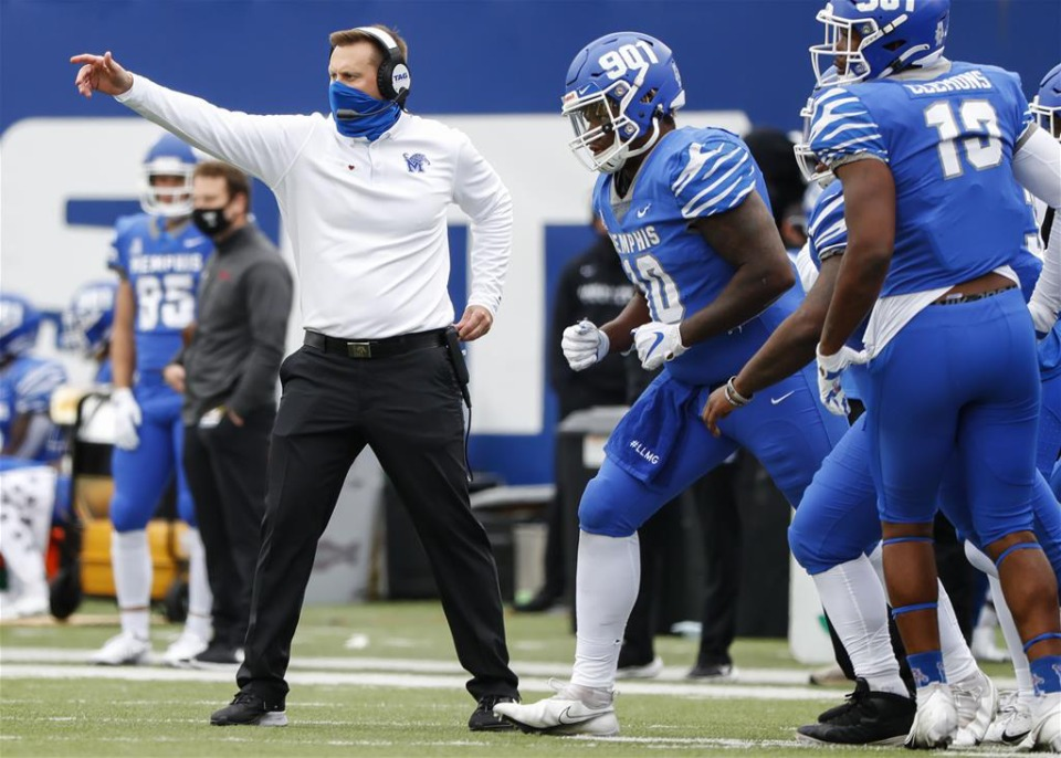 <strong>Memphis head coach Ryan Silverfield (left) directs his players during action against Temple on Saturday, Oct. 24, 2020 at Liberty Bowl Memorial Stadium.</strong> (Mark Weber/The Daily Memphian)