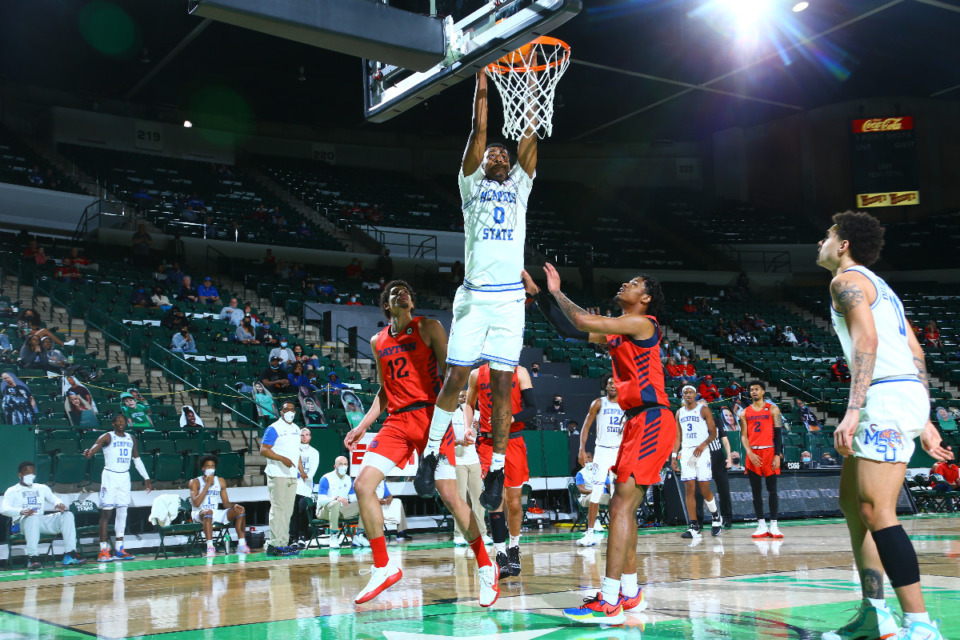 <strong>Memphis forward D.J. Jeffries dunks against Dayton during the first-round NIT game played in Denton, Texas, Saturday, March 20.</strong> (Photo courtesy of the NCAA)
